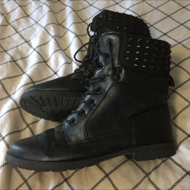 Ladies Stud Boots