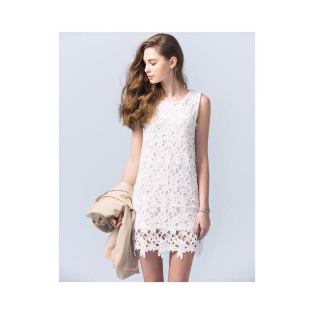 Pazzo購入純白氣質洋裝