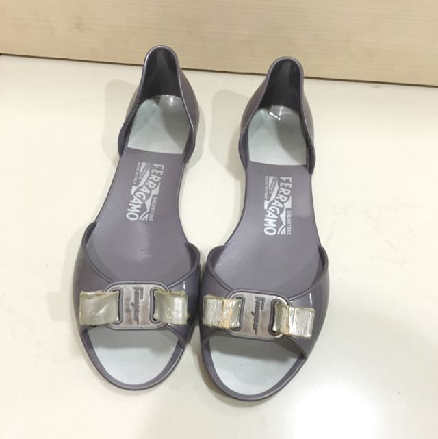 Authentic Salvatore Ferragamo Flats Jelly Sepatu Varina