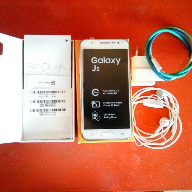 Samsung Galaxy J5 White !!! Termurah Dan Mulus!!!