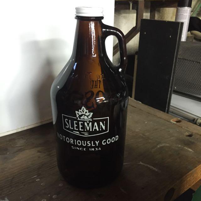 Sleeman Half Gallon Glass Jug Never Used