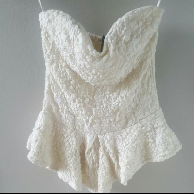 Sweet Heart Strapless Lace Top