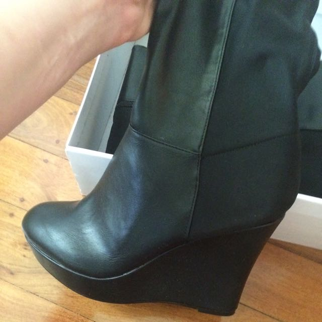 Womens Size 10 High Boots