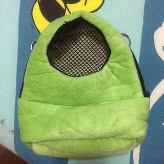 *二手良品*鼠用綠色透氣外出布袋