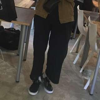流行黑色寬褲
