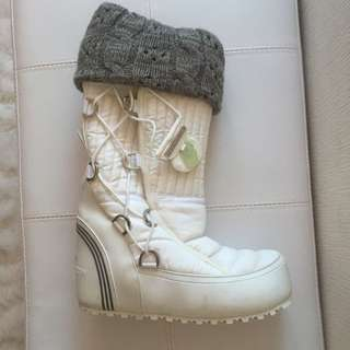 *RARE* Stella McCartney Adidas Tahses Winter Boots