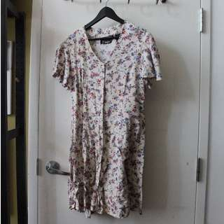 Large/Medium Vintage Floral Summer Dress