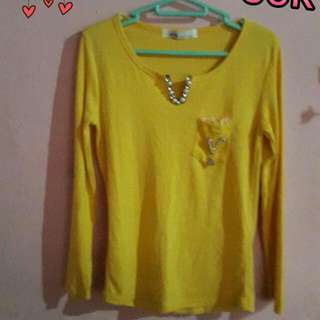 yellow tee top