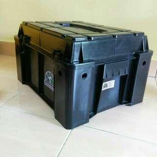 Hannibal Safari Gear Box Stackable