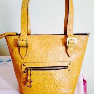 Authentic LeatherTous Bag looks Like New What You See  is What You Get No Filter
