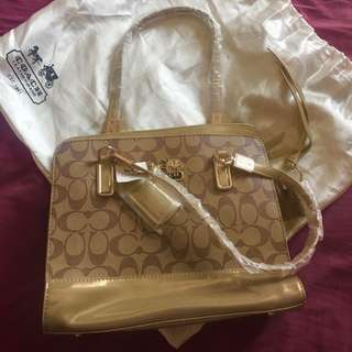 Coach Bag GOLD