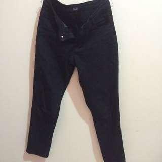 Basic Jeans Benefit