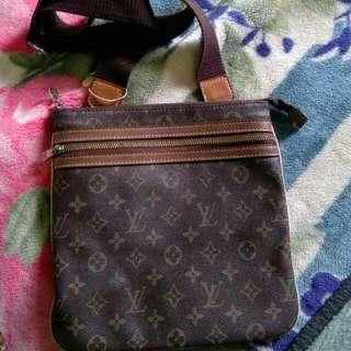 Preloved Original Louis Vuitton Sling Bag