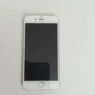 Selling IPhone 6 Silver 16GB