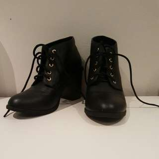 Lace Booties - Size 6
