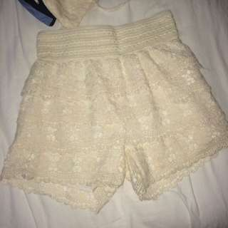 BNWT Lace Floral Skort
