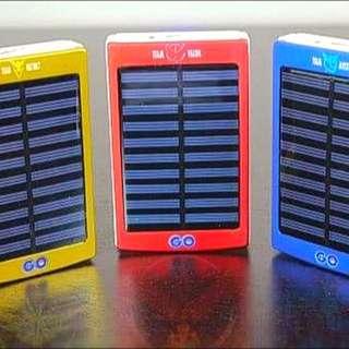Pokemon Go - Team Valor/Mystic/Instinct Solar Power Bank