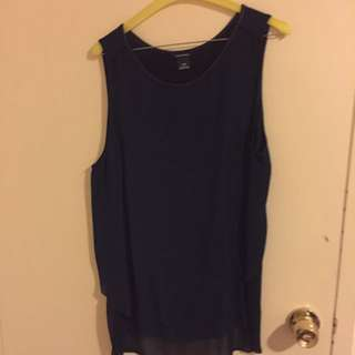 Club Monoco Top With Sheer Back Panel Size L