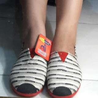 Flat Shoes / Exercise Sandals Homy Ped (New)