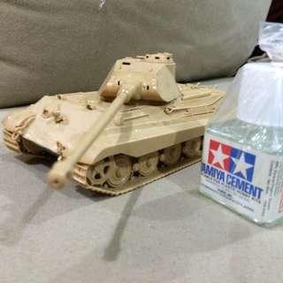 Tamiya Tiger II (King Tiger) Tank Model
