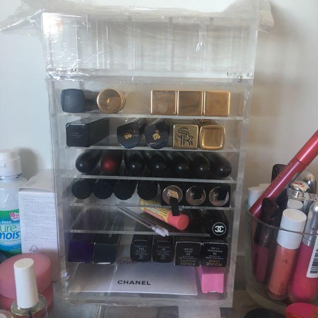 Acrylic Storage For Lipsticks