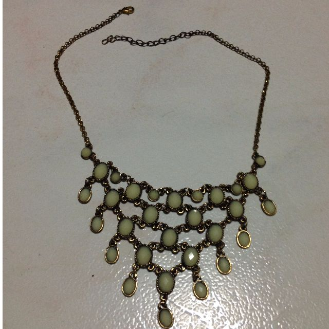 Bronze Chain Statement Necklace with Off-White Stones Inset