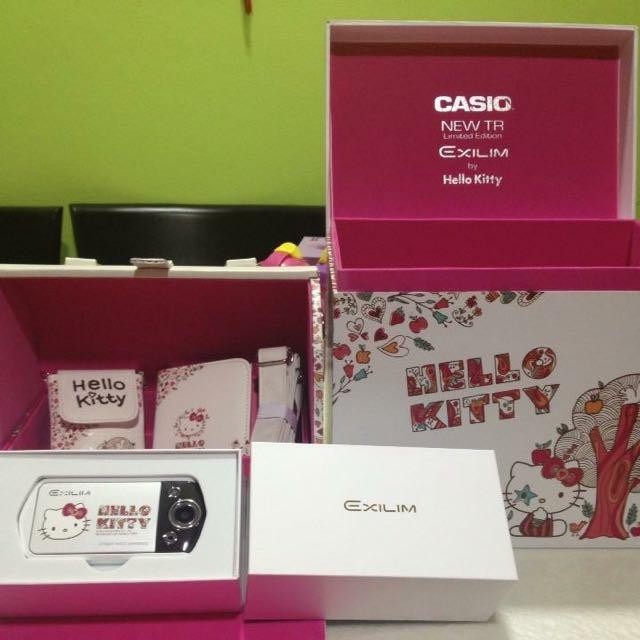 c61d85c4e31b Casio EX-TR10 Hello Kitty Limited Edition Camera