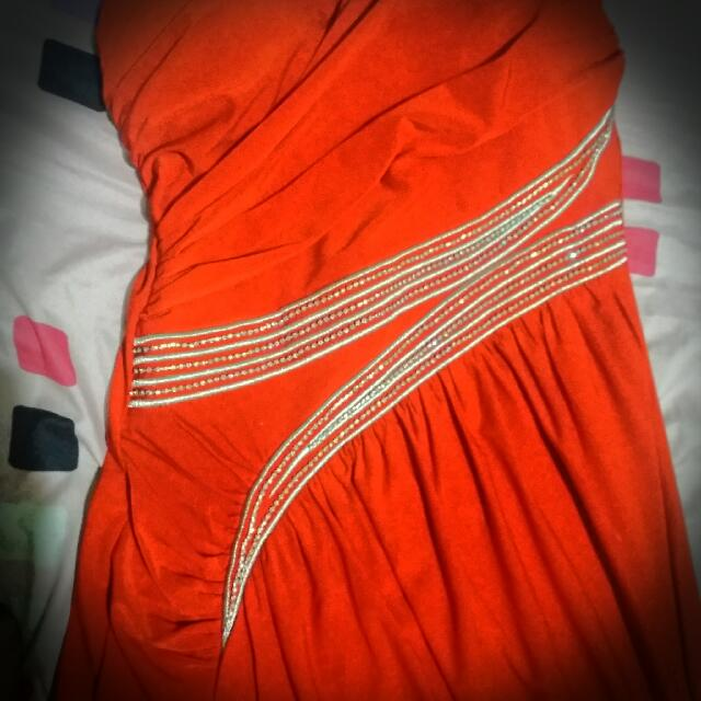 *RE-PRICED* RED HOT Pre Loved Evening Gown  **RE-PRICED**
