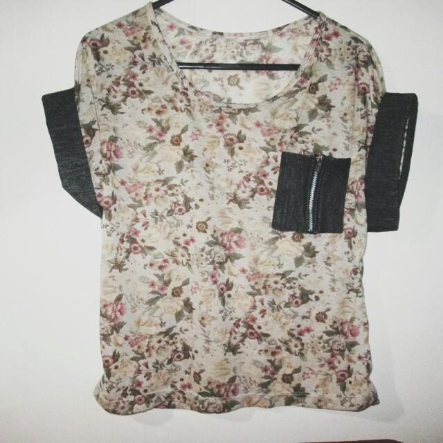 ₱50 OFF! Floral Crop Top