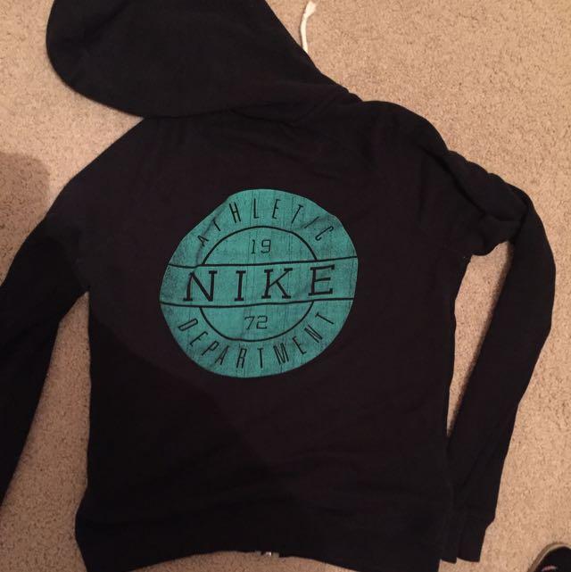 Nike Hoodie Size S