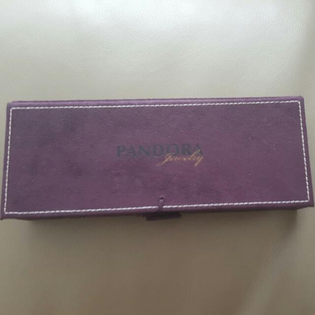 On Hold - Pandora Jewellery Box