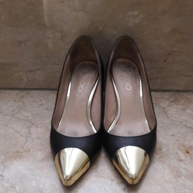 Preloved ALDO Black Shoes