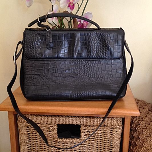 Pre-loved Leather Bag