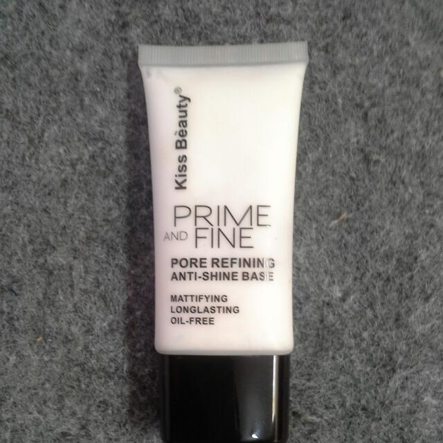 Prime And Fine (Oil Control ) kissbeuty