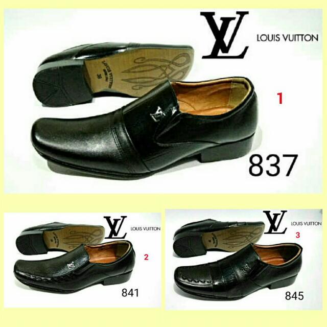 Sepatu Pria Pantofel LV Kulit Louis Vuitton Kampus Kuliah Kerja Formal  Kantor 5aace85aae