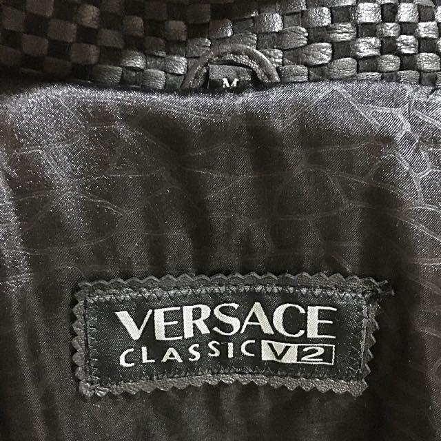 🎊降降~降🎉名牌Versace 皮衣