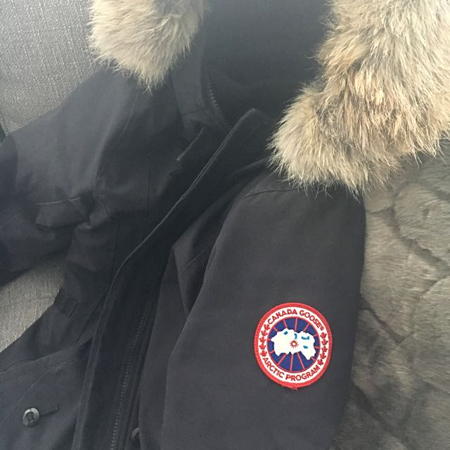 XS Canada Goose Jacket