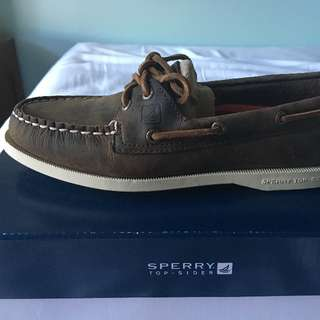 BRAND NEW Leather Sperry's