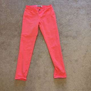 TNA Jeans (bright Pink)