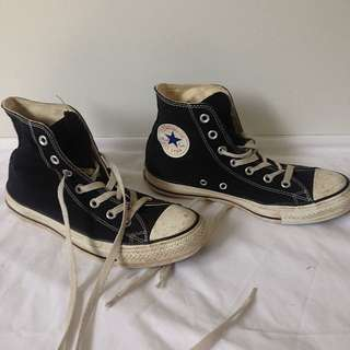 Black & White Converse All Star High Top Size 6