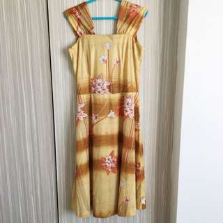 1960s Vintage Dress In Floral Print (yellow)