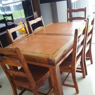 Dining Table (Price Revised)