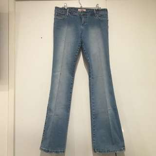 Retro Lisa Ho Flared Denim Jeans