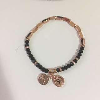ON HOLD⭐️ Memoir Beaded Wrist bracelet ⭐️