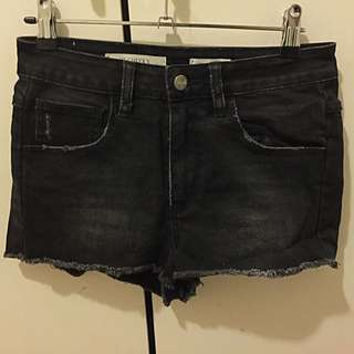 Wrangler Size 9 black/grey Hi-Cheeky's