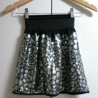 BLOCKOUT SKIRT