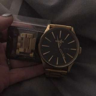 Nicon Century Ss In Gold Watch!