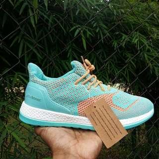 Sepatu Adidas Ultra Boost Wanita, Sepatu Adidas Ultra Boost Premium, Sepatu Adidas Nmd