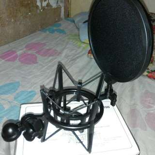 Condenser Mic Shock Mount with pop filter