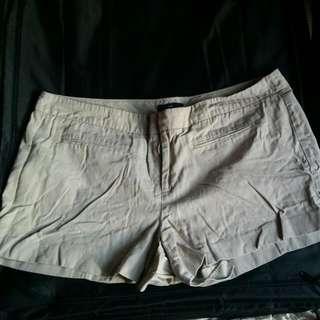 GAP SIZE 14 Khaki Shorts